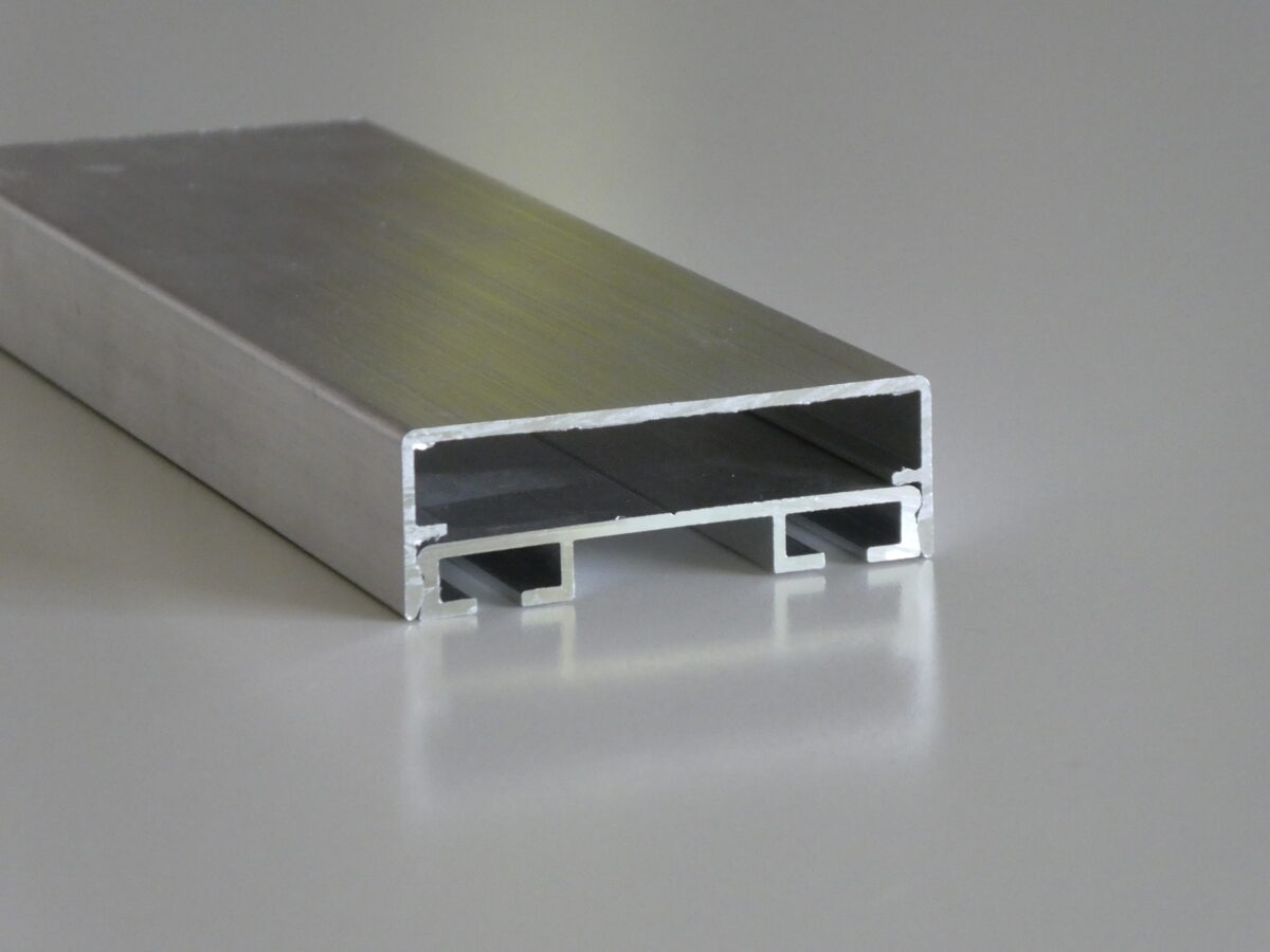 Leszorító és takaró profilok - 1 361 Ft+Áfa/m-től